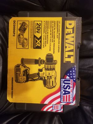 Dewalt 20V Hammer Drill Kit 2x5.0ah Batteries, Charger, Case for Sale in Fowler, CA