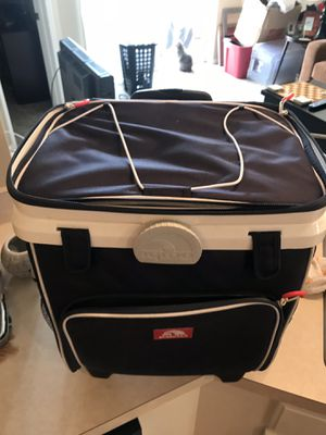 Igloo cooler for Sale in Columbus, OH