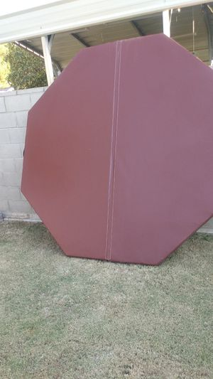 Hexagon hot tub cover for Sale in Bakersfield, CA