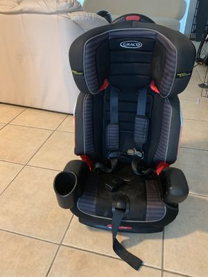 Baby seat / toddler seat for Sale in Miami Beach, FL
