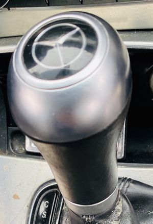 Mercedes Benz C230 Knob for Sale in Miami Gardens, FL