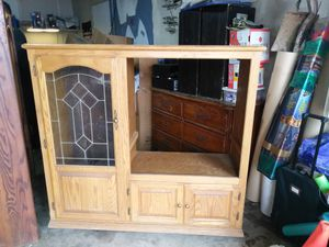 TV entertainment cabinet for Sale in Elk Grove, CA