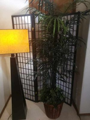 6.5 ft tall fake plants for Sale in Queen Creek, AZ