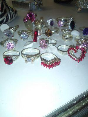 GRAN ESPECIAL en la compra de un anillo de Plata le regalamos unos aretes de Plata todo es 100% Plata for Sale in Bakersfield, CA