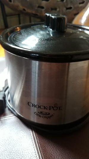 Little Dipper crock pot for Sale in Revere, MA
