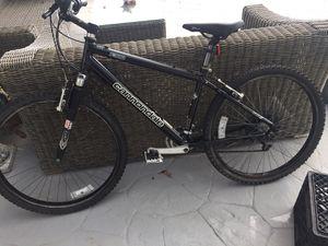 Mountain bike for Sale in North Miami, FL