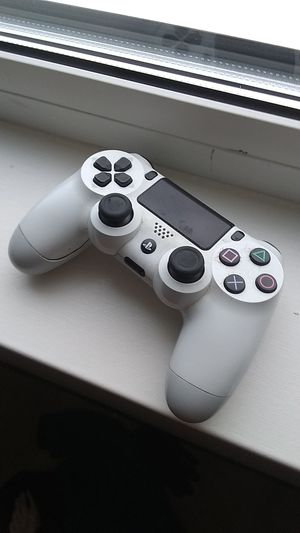 PS4 controller for Sale in Everett, WA