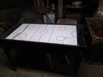 Air Hockey Table $20 Or Best Offer for Sale in San Angelo,  TX