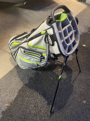 """Titleist """"River Run Golf Links"""" Stand Bag with AP2 4iron for Sale in Palatine, IL"""