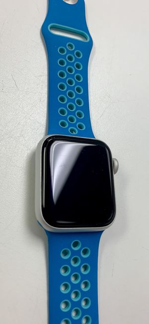 Apple Watch Series 4 Mint Condition for Sale in Port St. Lucie, FL