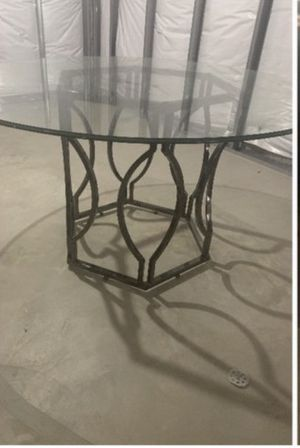 Dining/Kitchen table and Coffee table for Sale in Matteson, IL