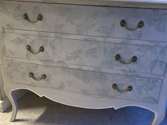 Beautiful Dresser With Vineyard Painted Apon It for Sale in Shoreline,  WA