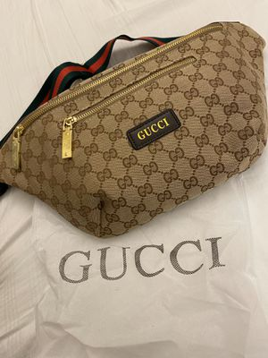 Gucci fanny pack bag for Sale in Tacoma, WA