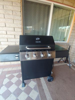 Bbq grill/ dyna glo for Sale in Glendale, AZ