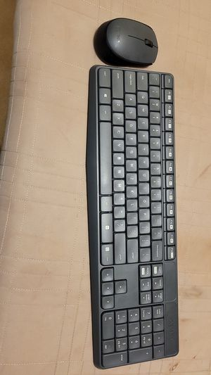 Logitech wireless mouse and keyboard for Sale in Bakersfield, CA