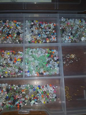 Making jewerly mix beads for Sale in Richmond, CA