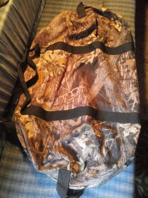 Mossy oak break up 3x2 duffle bag for Sale in Georgetown, KY