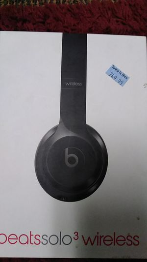 Beats solo3 wireless Bluetooth like new for Sale in Modesto, CA