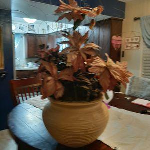 """Flower Pot 9"""" Tall X 8"""" Wide for Sale in Phoenix, AZ"""
