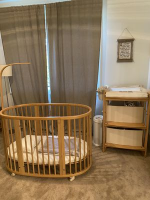 Stokki crib and changing table for Sale in Portland, OR