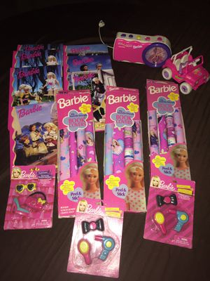 15 Pc. BARBIE Lot *Books, Puzzle Erasers, Book Covers, Kelly Jeep & Clock Radio for Sale in Garden Grove, CA