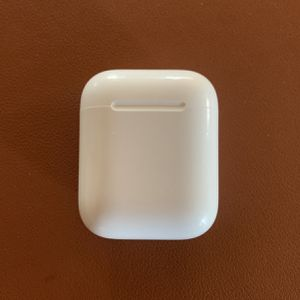 Apple AirPods (Charging Case Only) for Sale in St. Petersburg, FL