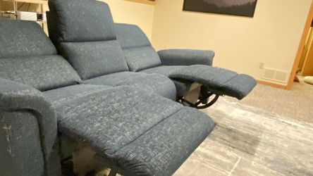 La-z-boy Powered Reclining Sofa with Built In USB. for Sale in Littleton,  CO