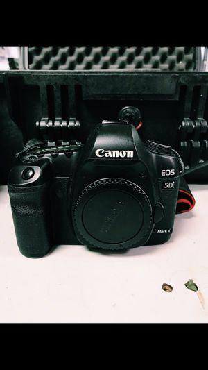 Canon 5d Mark ii for Sale in Atlanta, GA
