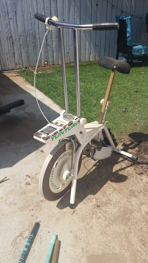 Exercise equipment FREe for Sale in Bell Gardens, CA