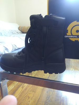 Brand new work boots sizes 8 1/ 2 and 9 and 91/2 they are. Original swat and never worn brand new for Sale in Rockland, MA
