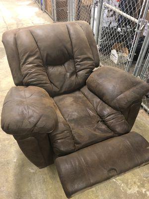 Super comfortable recliner for Sale in Denver, CO