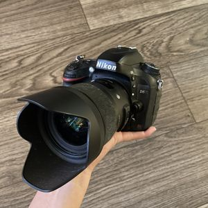 Nikon D610 Camera Body Only for Sale in Parkland, WA