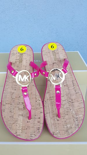 New Authentic Michael Kors Women's Sandals Size 9 ONLY for Sale in Pico Rivera, CA