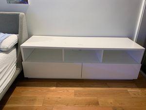 IKEA tv stand/ table for Sale in Miami, FL