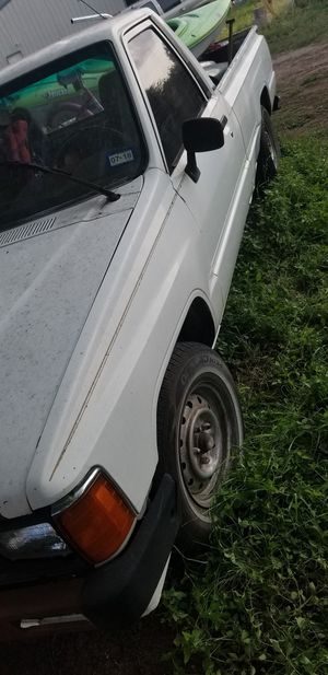 86 Toyota pick up runs like a champ nothing wrong for Sale in Castroville, TX