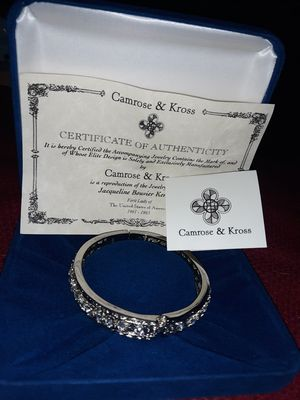 CAMROSE and KROSS bracket with certificate. for Sale in Wenatchee, WA