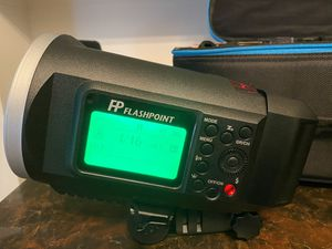 Flashpoint XPLOR 600 HSS TTL for Photography for Sale in Fort Dix, NJ