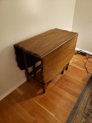 Antique Oak Bartlett Twist Table for Sale in Fontana, CA