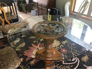 Glass top kitchen table for Sale in Blakely, PA