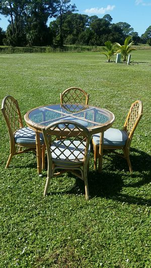 Table and 4 chairs for Sale in North Port, FL