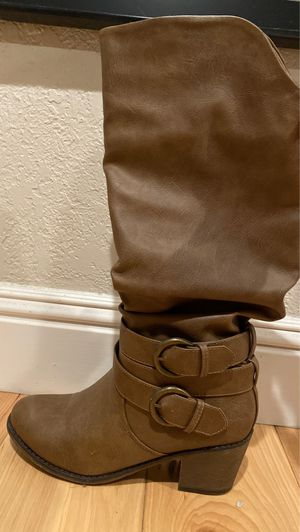 Size 6.5 boots for Sale in Sunnyvale, CA