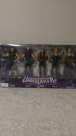 2017 official WWE toys r us exclusive undertaker action figure set for Sale in MAYFIELD VILLAGE, OH