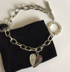 Mk Michael kors heart charm bracelet for Sale in Colesville, MD