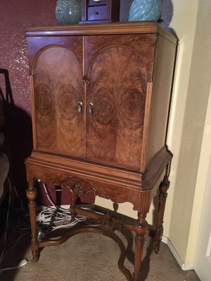 Antique Armoir for Sale in Tracy, CA