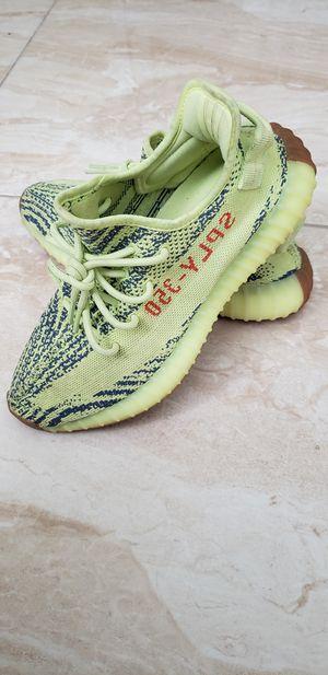 "Adidas Yeezy Boost 350 V2 ""Semi Frozen"" Size 8.5 for Sale in Aventura, FL"