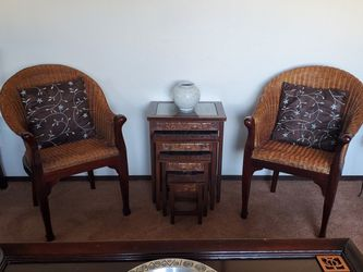 Set Of Vintage Nesting Tables And Two 15yr Old German Made Chairs. for Sale in Ellensburg,  WA