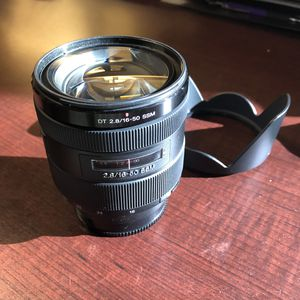 Sony DT 16-50mm f/2.8 SSM AF. Mint! for Sale in Irving, TX