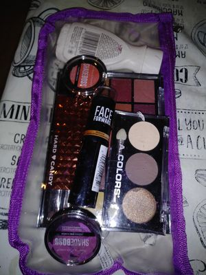 Makeup for Sale in Moline, IL