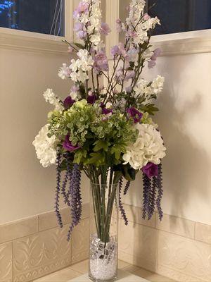 Flower arrangement for Sale in Issaquah, WA