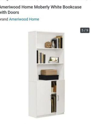 White bookcase for Sale in Las Vegas, NV